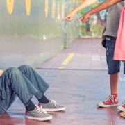 Mobbing - Selbstbehauptung - Selbstverteidigung - Kinder - Jugendliche