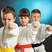 Kinder und Jugendliche im Kampfsport